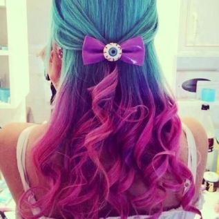 303298fcfd3f5c42e070bd67c2658170--awesome-hair-colorful-hair